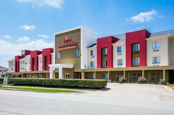 Picture of Hawthorn Suites by Wyndham DFW Airport North in Irving