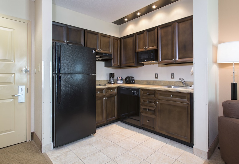 Hawthorn Suites by Wyndham Lake Buena Vista, a staySky Hotel, Orlando, Suite, 1 King Bed with Sofa bed, In-Room Kitchen
