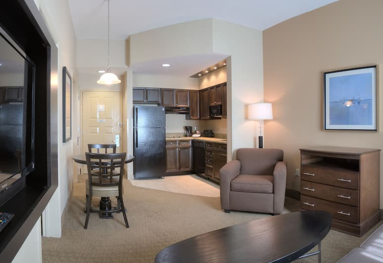 Hawthorn Suites by Wyndham Lake Buena Vista, a staySky Hotel, Orlando, Suite, 1 King Bed with Sofa bed, Living Area