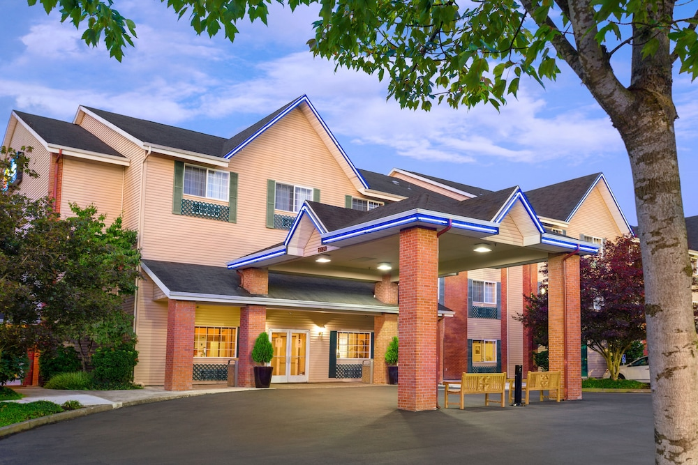 Comfort Inn & Suites Tualatin - Portland South, Tualatin