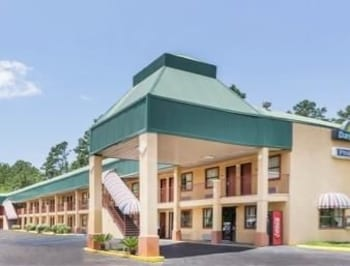 Picture of Days Inn Pineville LA in Pineville