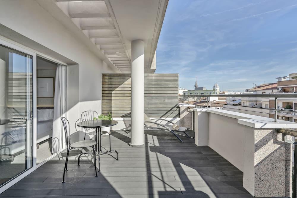 Habitación superior con 1 cama doble o 2 individuales (Vincci ) - Terraza o patio