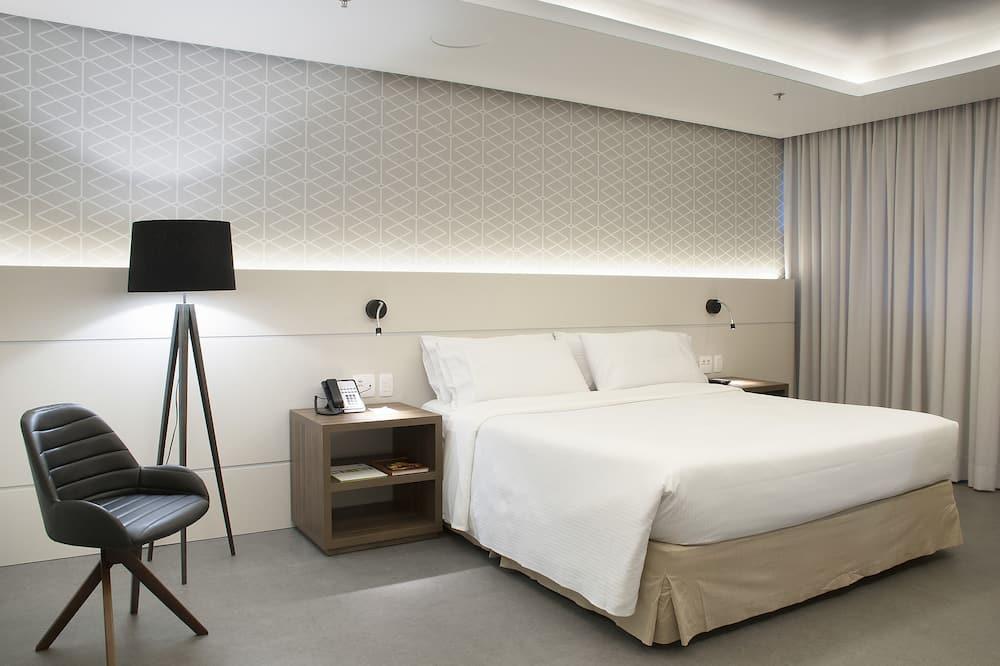 חדר, מיטת קינג, למעשנים, אמבט זרמים - תמונה