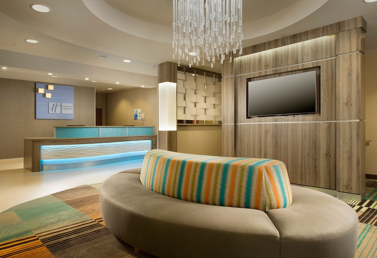Holiday Inn Express & Suites DFW-Grapevine, Grapevine