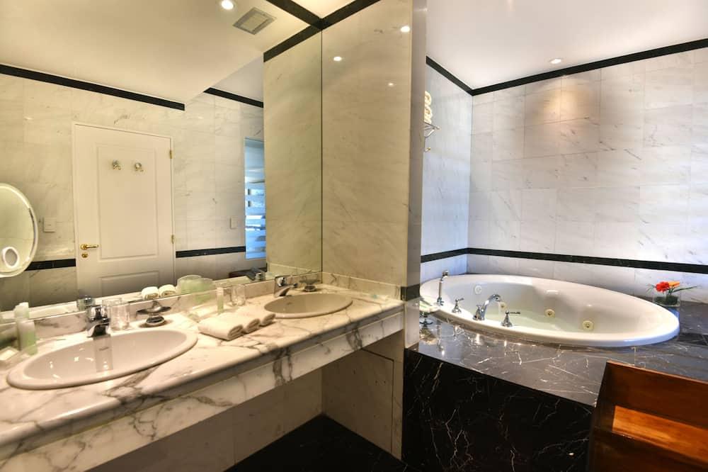 Suite, 1 kamar tidur - Kamar mandi