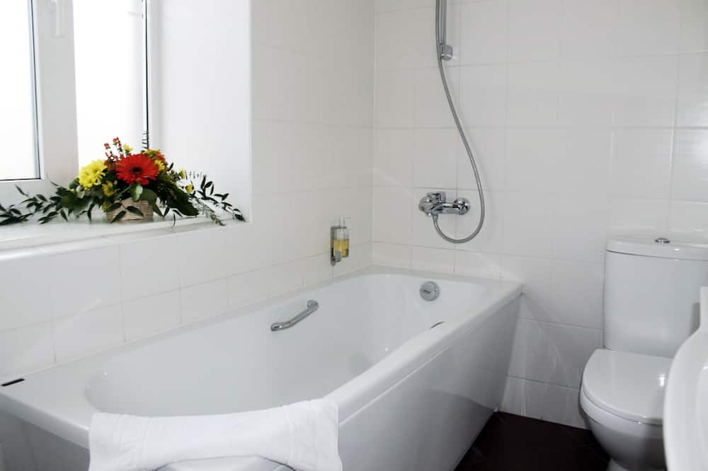 Standard Double or Twin room with Gym access - Banyo