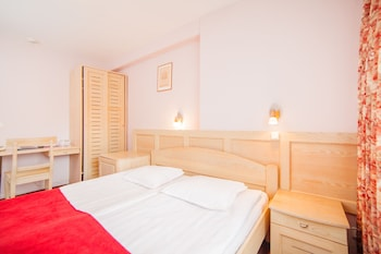 Фото Rija Hotel Tia у місті Рига