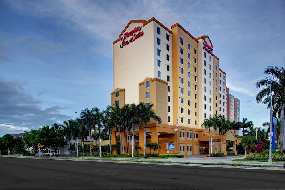 Hampton Inn Suites Miami Airport South Blue Lagoon