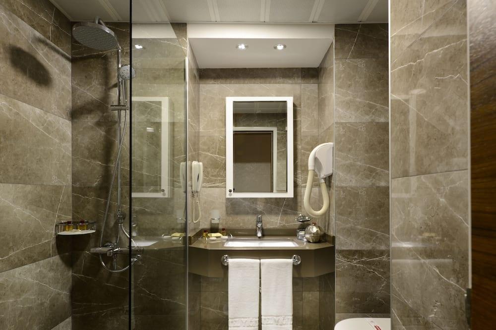 חדר יחיד, מיטת יחיד - חדר רחצה