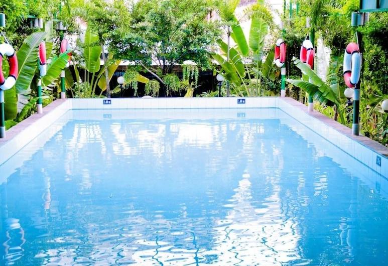 ロイヤル ホテル サイゴン, ホーチミン, 屋外プール