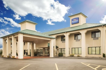 Picture of Baymont Inn & Suites Johnson City in Johnson City