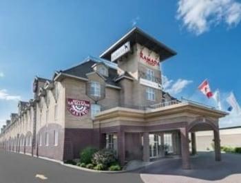 Obrázek hotelu Ramada Plaza Gatineau/Manoir du Casino ve městě Gatineau