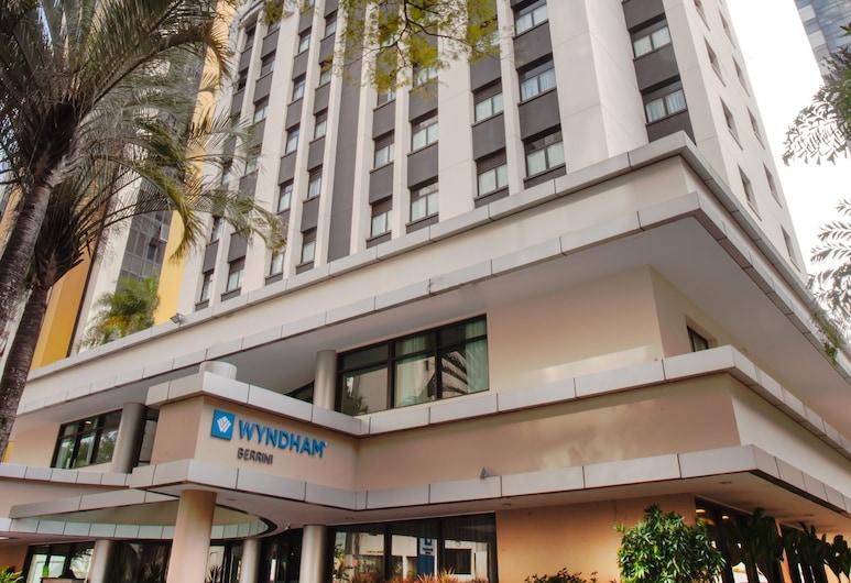 Wyndham Sao Paulo Berrini, San Paulas, Viešbučio fasadas