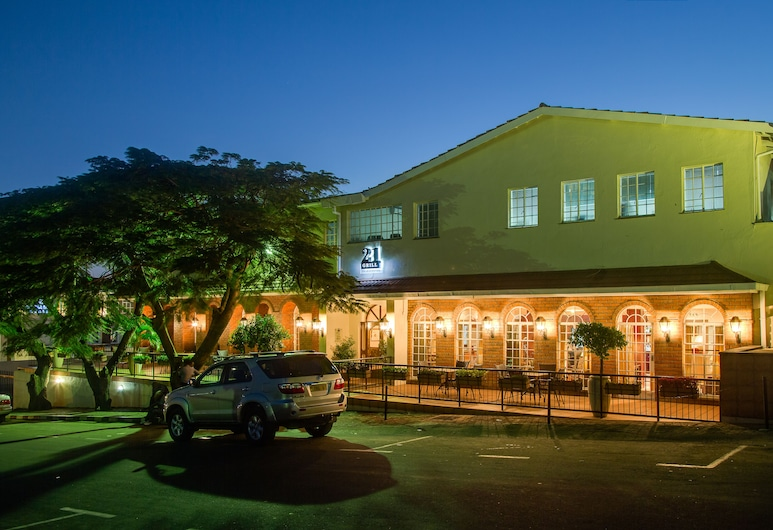 Protea Hotel by Marriott Blantyre Ryalls, Blantyre, Hotel Entrance