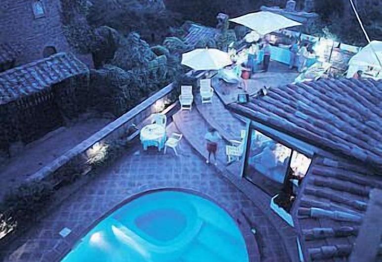 羅來農場歷史住宅飯店, 特拉西梅諾河畔帕西尼亞諾, 室外游泳池