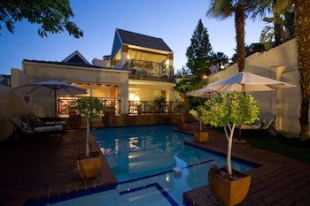 Picture of Courtyard Hotel Sandton in Sandton