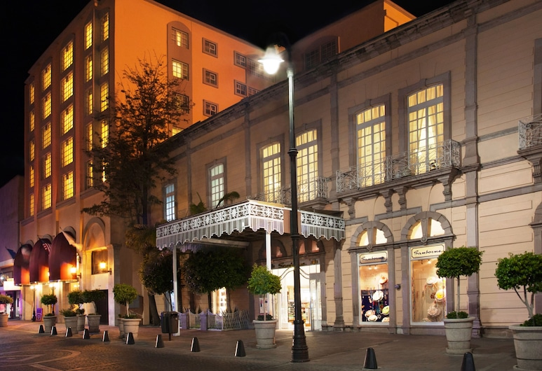 Francia Aguascalientes, Aguascalientes, Πρόσοψη ξενοδοχείου - βράδυ/νύχτα