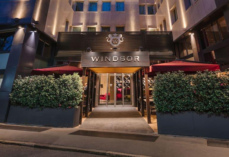 Hotel Windsor Milano, Mailand, Hotelfassade am Abend/bei Nacht