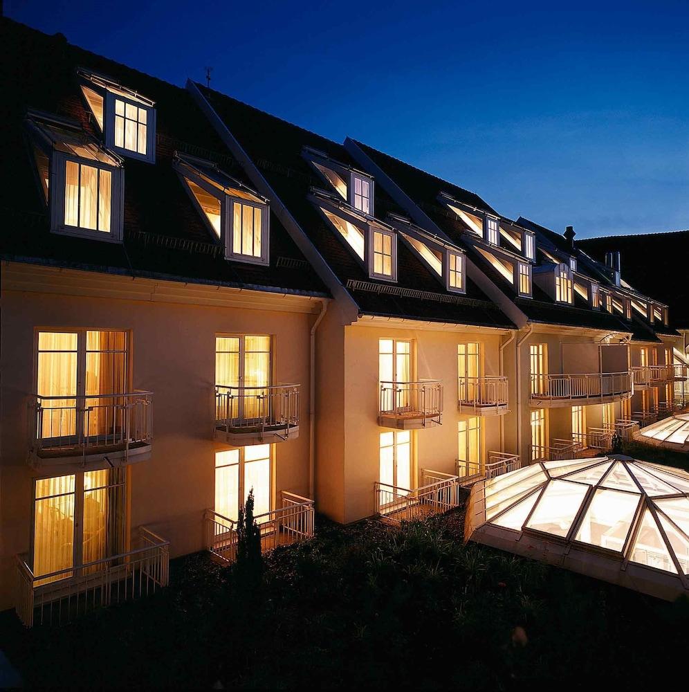 Hotels In Villingen : book mercure hotel am franziskaner villingen schwenningen villingen schwenningen germany ~ Watch28wear.com Haus und Dekorationen