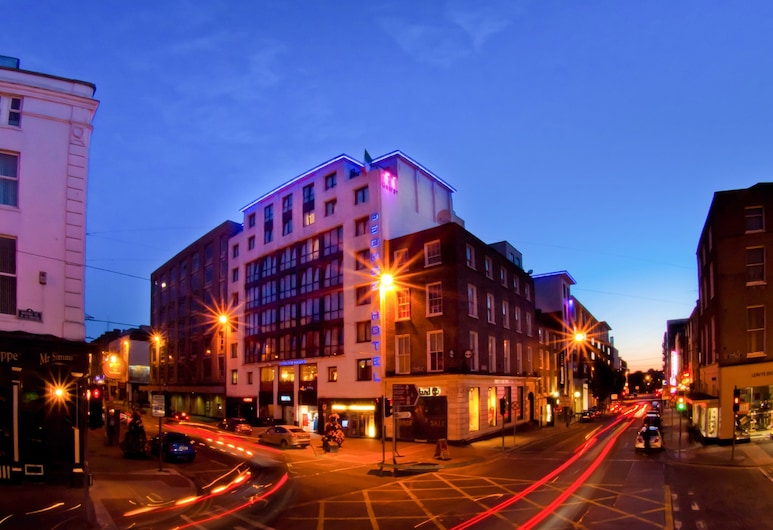 The George Limerick Hotel, Limerick, Hotel Front – Evening/Night
