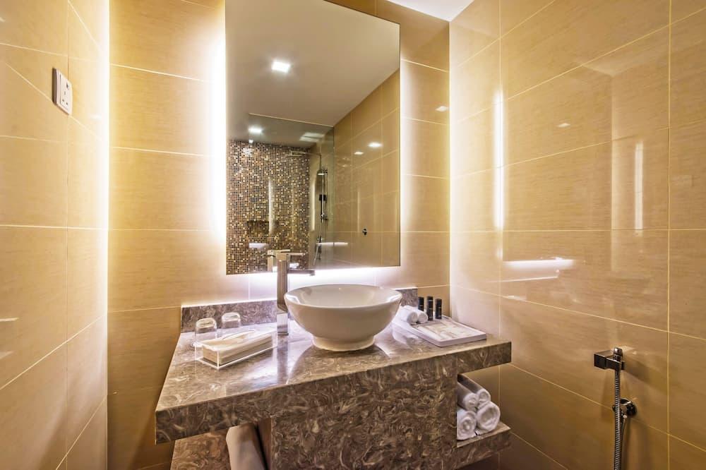 Premier Room (Deluxe - King Bed (NS)) - Bilik mandi