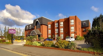 Picture of The Hillcrest Hotel in Widnes