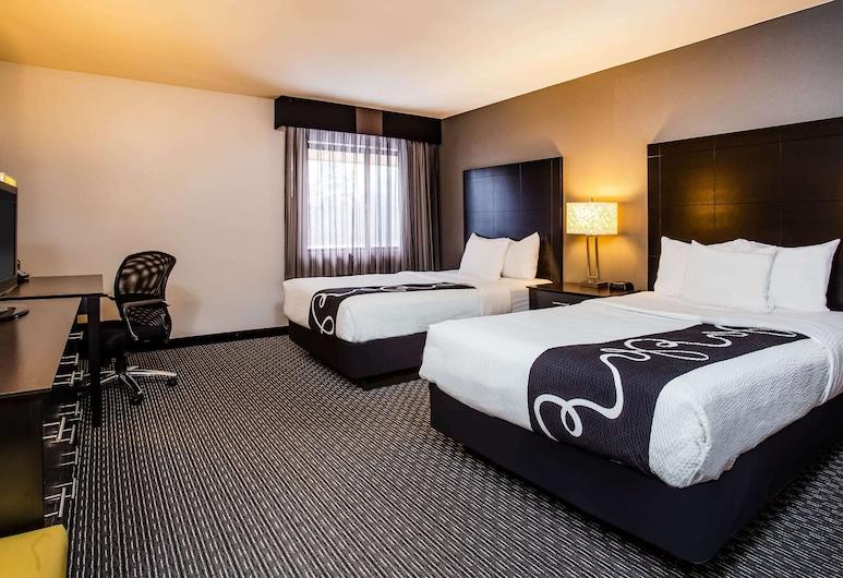 La Quinta Inn by Wyndham Oshkosh, Oshkosh, Room, 2 Double Beds, Non Smoking, Guest Room