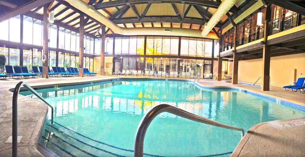 Book Abbey Resort and Avani Spa in Fontana Hotelscom