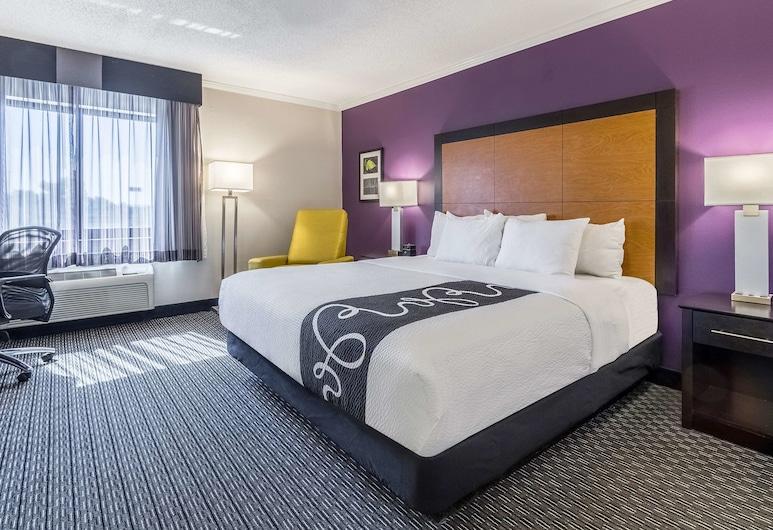 La Quinta Inn & Suites by Wyndham Cleveland - Airport North, קליבלנד, חדר, מיטת קינג, ללא עישון, חדר אורחים