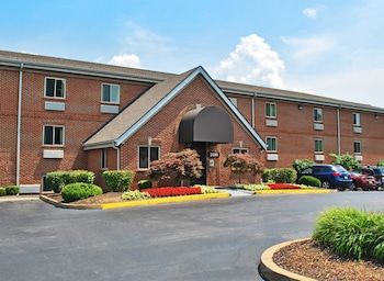 Picture of Extended Stay America - St. Louis - Westport - Craig Road in Maryland Heights