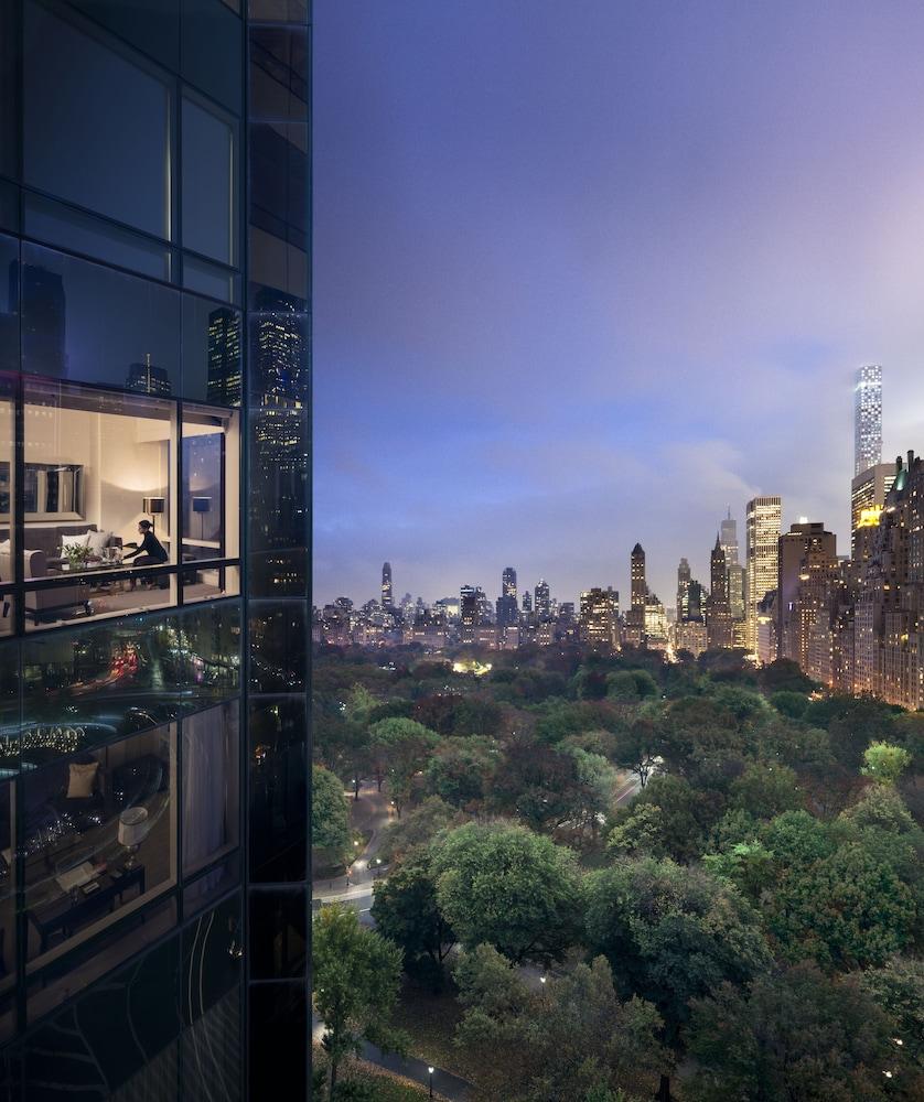 Book Trump International Hotel & Tower New York In New