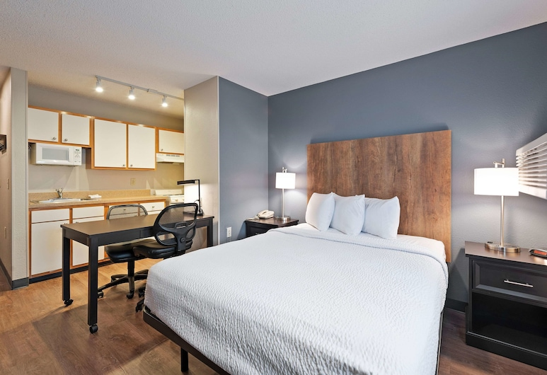 Extended Stay America - Charlotte - East McCullough Drive, Шарлотт