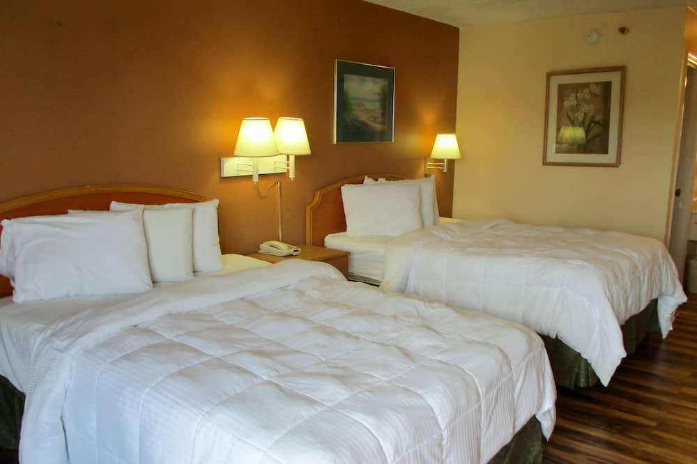 Standartinio tipo kambarys, 2 didelės dvigulės lovos, Nerūkantiesiems - Svečių kambarys