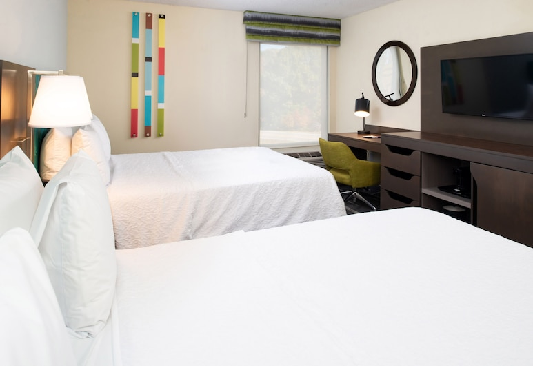 แฮมป์ตันอินน์ สนามบินกรีนส์โบโร, กรีนส์โบโร, ห้องพัก, เตียงควีนไซส์ 2 เตียง, ห้องพัก