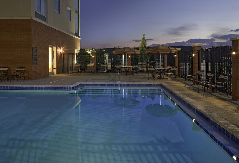 諾克羅斯君悅酒店, 皮奇特里科納斯, 泳池