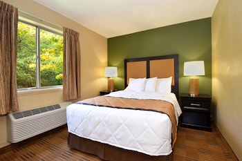 A(z) Extended Stay America-Raleigh-North Raleigh-Wake Towne Drive hotel fényképe itt: Raleigh