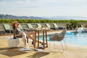Beverly Hills bölgesindeki L'Ermitage Beverly Hills resmi
