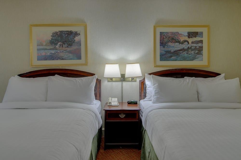 스탠다드룸, 퀸사이즈침대 2개, 베이 전망 - 거실 공간