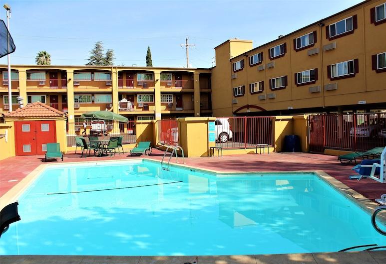 沙加緬度中城洛伊套房飯店, 薩克拉門多, 室外游泳池