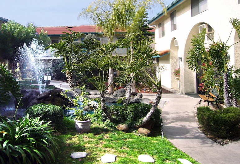 California Suites Hotel, San Diego, Property Grounds