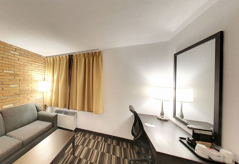 Super 8 by Wyndham Sudbury ON, Sudbury, Zimmer, 1King-Bett, Nichtraucher (First Floor), Zimmer