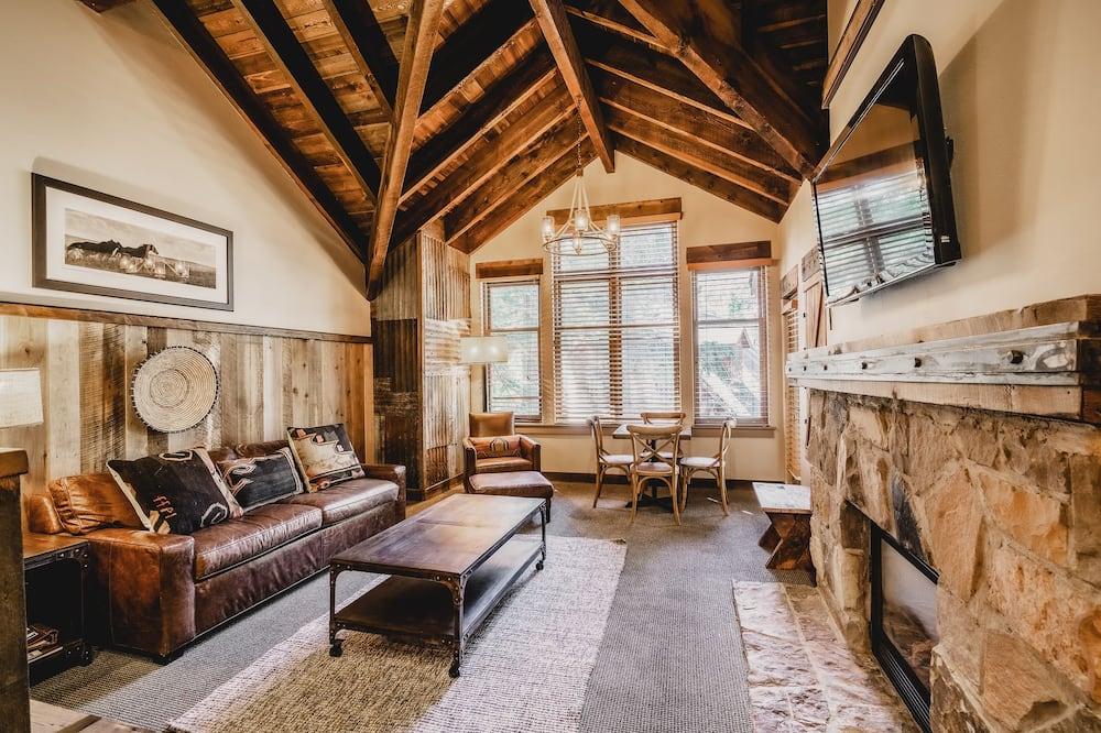 Loft (Mountain) - Living Area