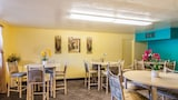 Book this In-room accessibility Hotel in Klamath Falls