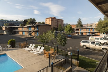 Picture of Cerulean Hotel in Klamath Falls