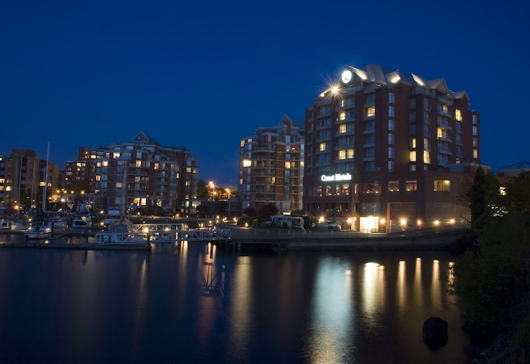 Coast Victoria Hotel & Marina by APA, Victoria, Pročelje hotela – navečer/po noći