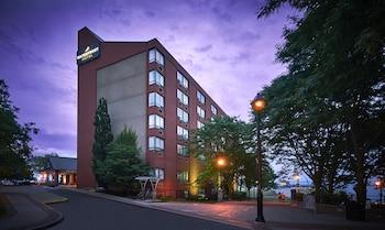 Image de Waterfront Hotel Downtown Burlington à Burlington