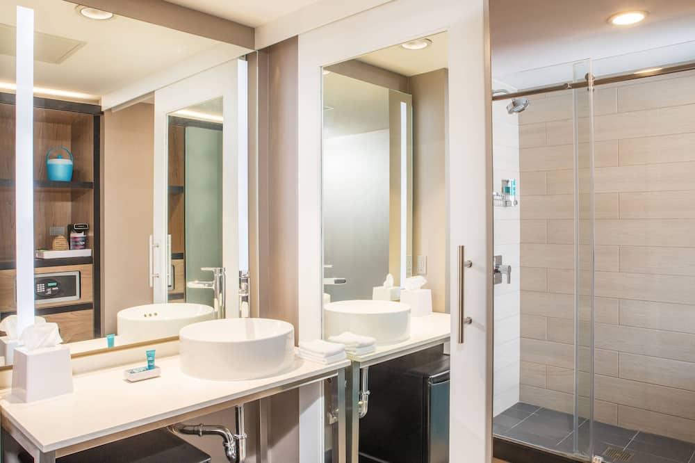 aloft, Quarto, 2 camas queen-size, Não-fumadores - Casa de banho