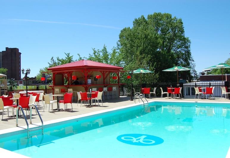 Hôtels Gouverneur Trois-Rivières, Trois-Rivieres, Piscina Exterior