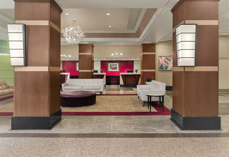 DoubleTree by Hilton Fort Lee - George Washington Bridge, Fort Lee, Lobby