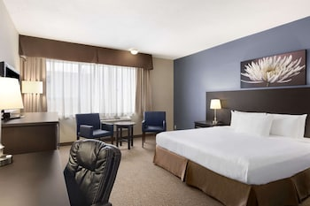 Picture of Days Inn & Conference Centre by Wyndham Montreal Airport in Montreal